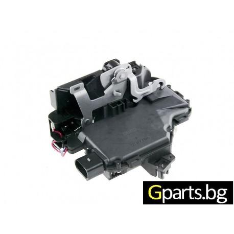 VWPASSAT B5/ 5,5 брава за предна дясна врата